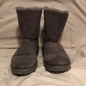 Authentic UGG Bailey bow boots 9